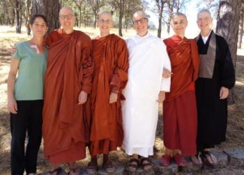 Becky, Ayya Anandabodhi, Ayya Ahimsa, Anagarika Shannon, Ayya Santacitta, Guiding Teacher Konin
