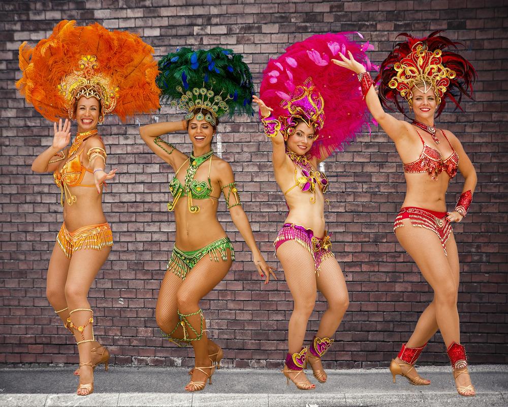 samba girls.jpg