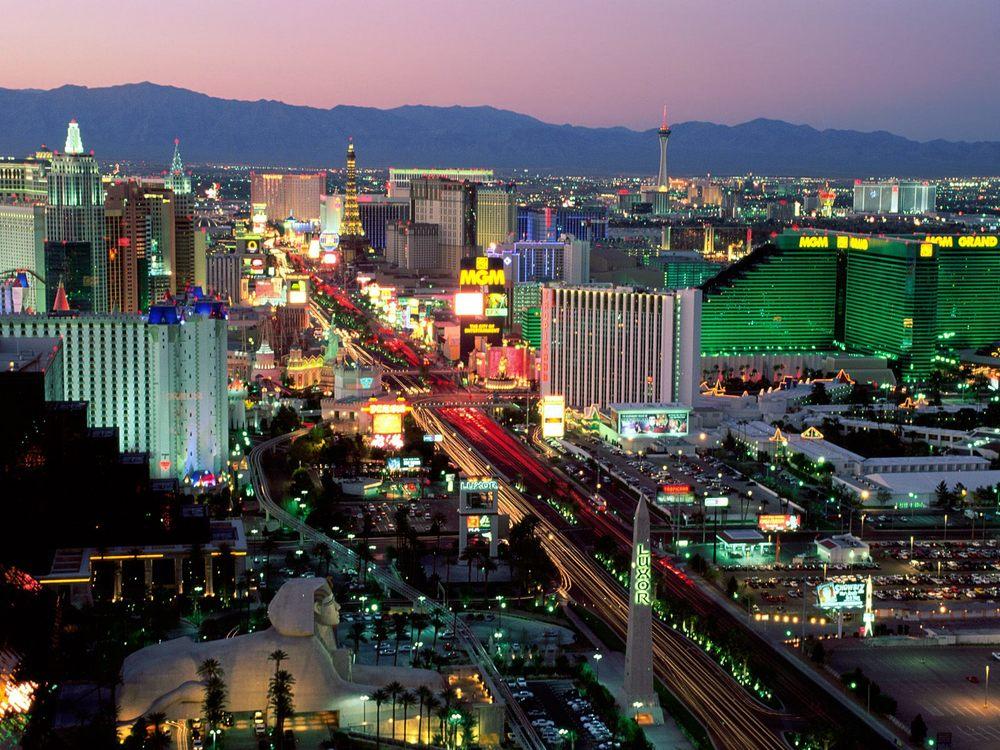 Las_Vegas_Boulevard_Nevada.jpg