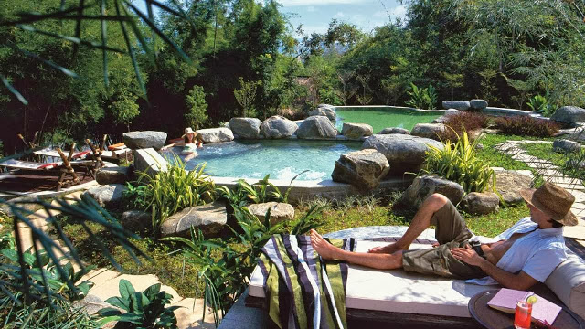 four+seasons+tented+-+relaxe.jpg