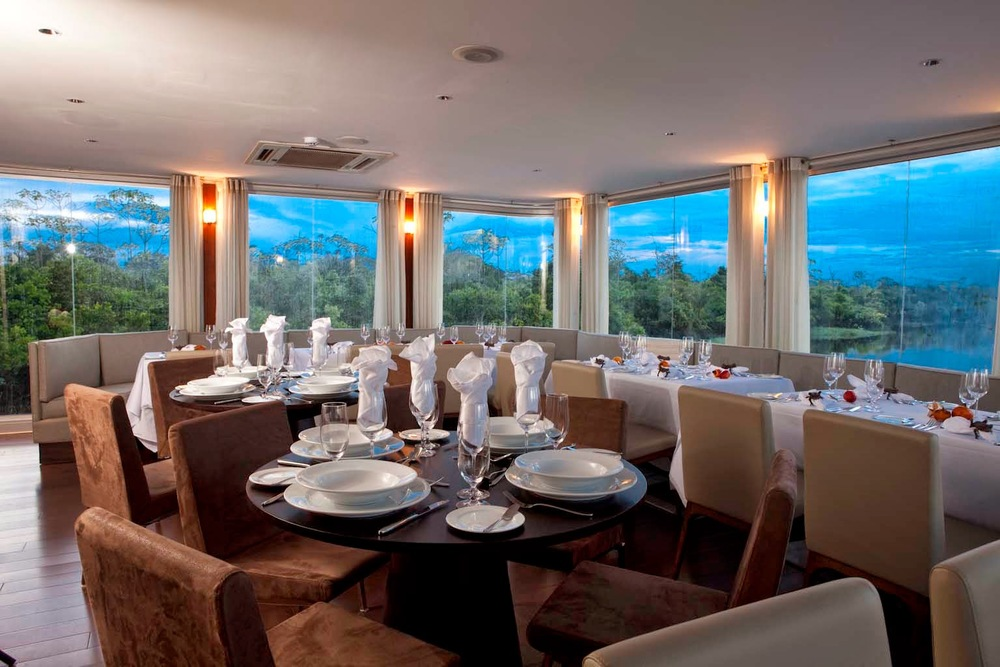 aria-dining-room.jpg