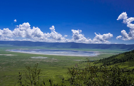 sanctuary-ngorongoro-crater-camp.jpg