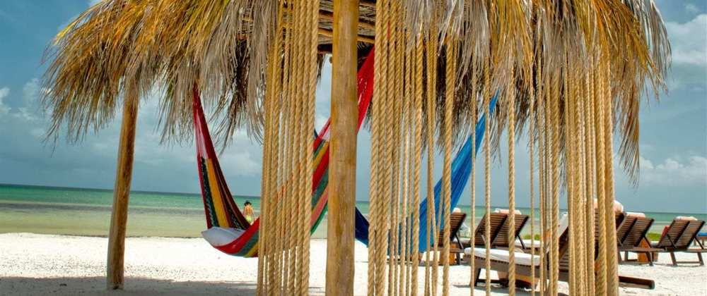 hamaca-de-playa.jpg.1920x807_0_1358_13483.jpg