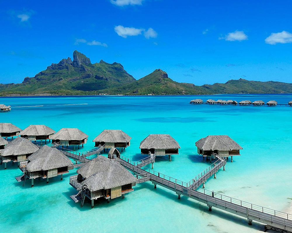 Four Seasons Bora Bora 04.jpg