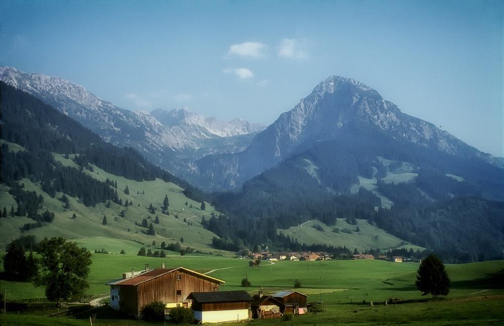 bavaria-385678.jpg