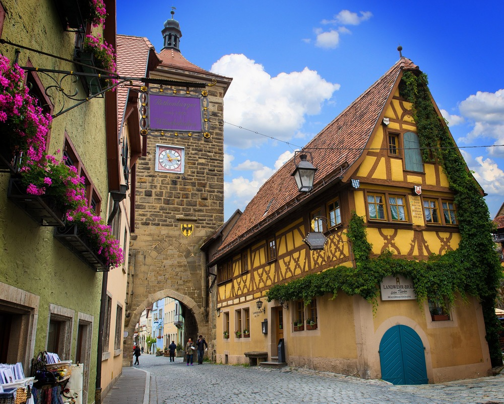 rothenburg-of-the-deaf-823895_1920.jpg