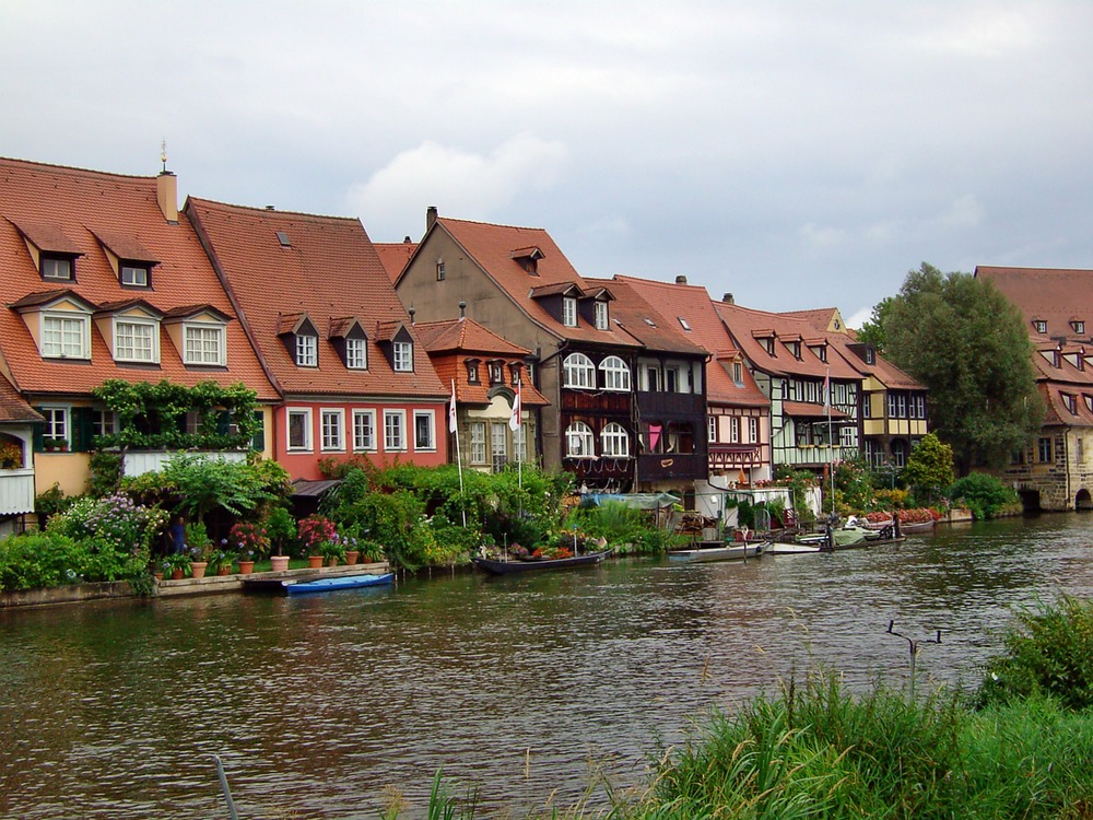 town-on-the-river-172810.jpg