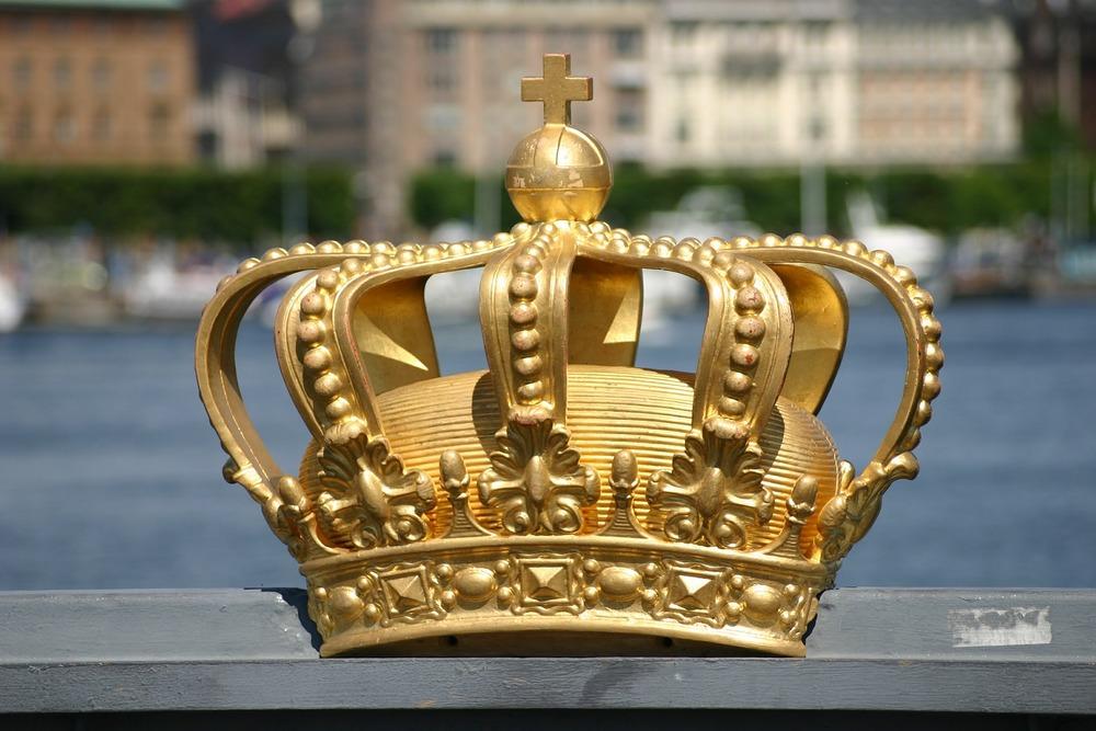 crown-377903_1920.jpg