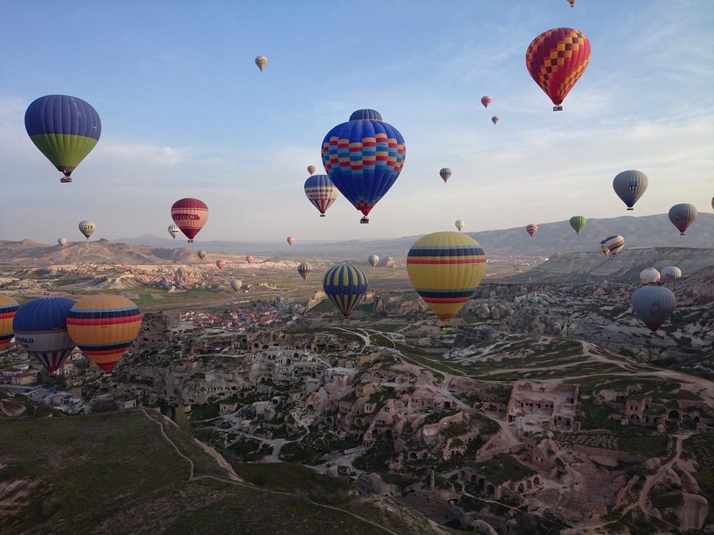 cappadocia-805626_1920.jpg