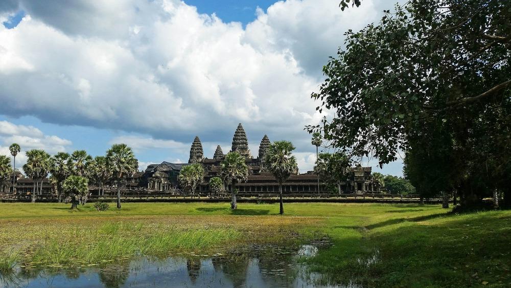 cambodia-603342_1920.jpg