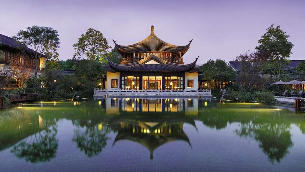 HANGZHOU AT WEST LAKe.jpg