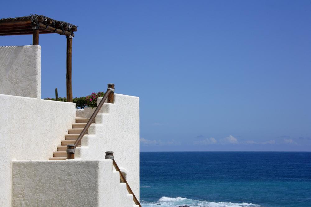 Las Ventanas - H0HLO_27628548_StairwayToRooftop.jpg
