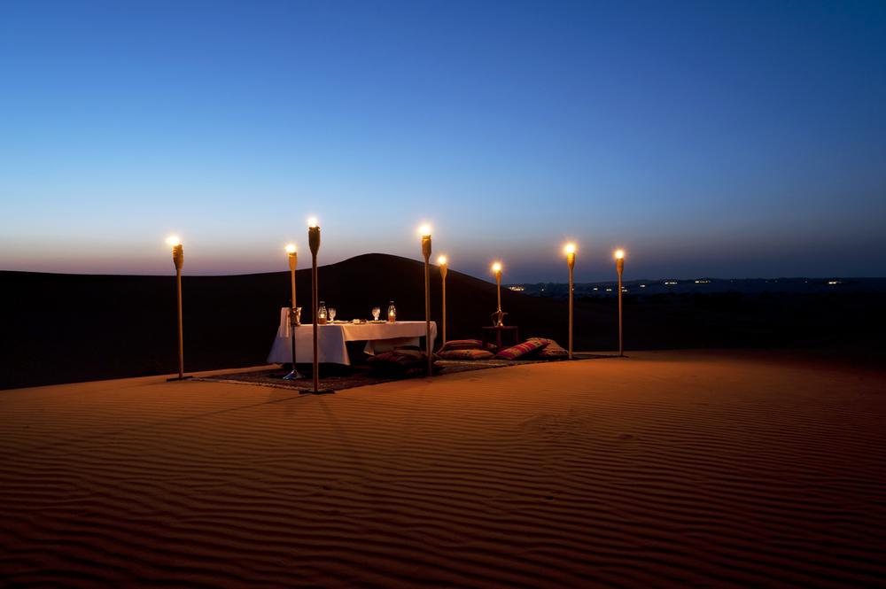 Dune dining.jpg