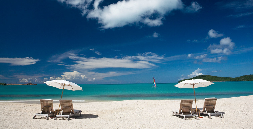 img_resort_about_beach.jpg