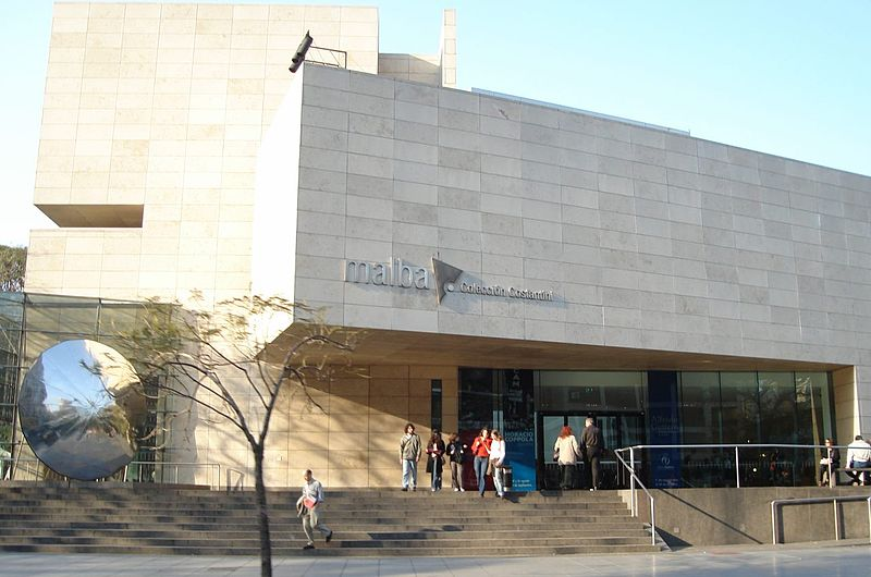 800px-Buenos_Aires_-_Palermo_-_Malba.jpg