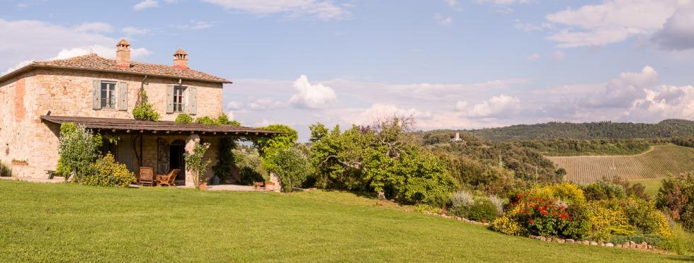 tuscany-villas-sanbarberino-sideext.jpg