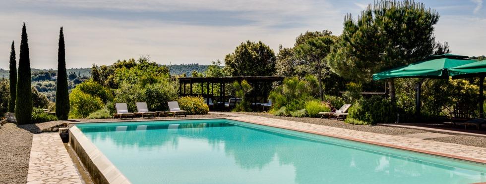 tuscany-villas-sanbarberino-pool.jpg