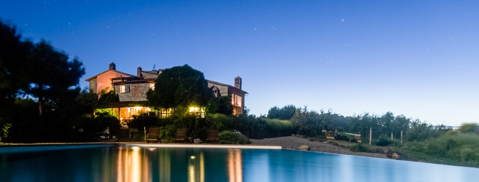tuscany-villas-sanbarberino-night.jpg