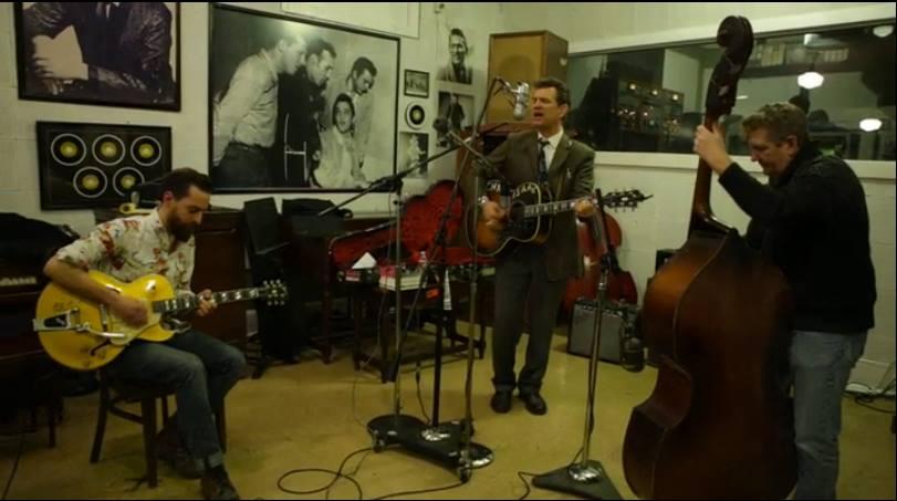 Matt Ross-Spang (Guitar), Chris Isaak (Acoustic,Vocals) Pete Pritchard (Upright Bass) Recording at Sun Studio.