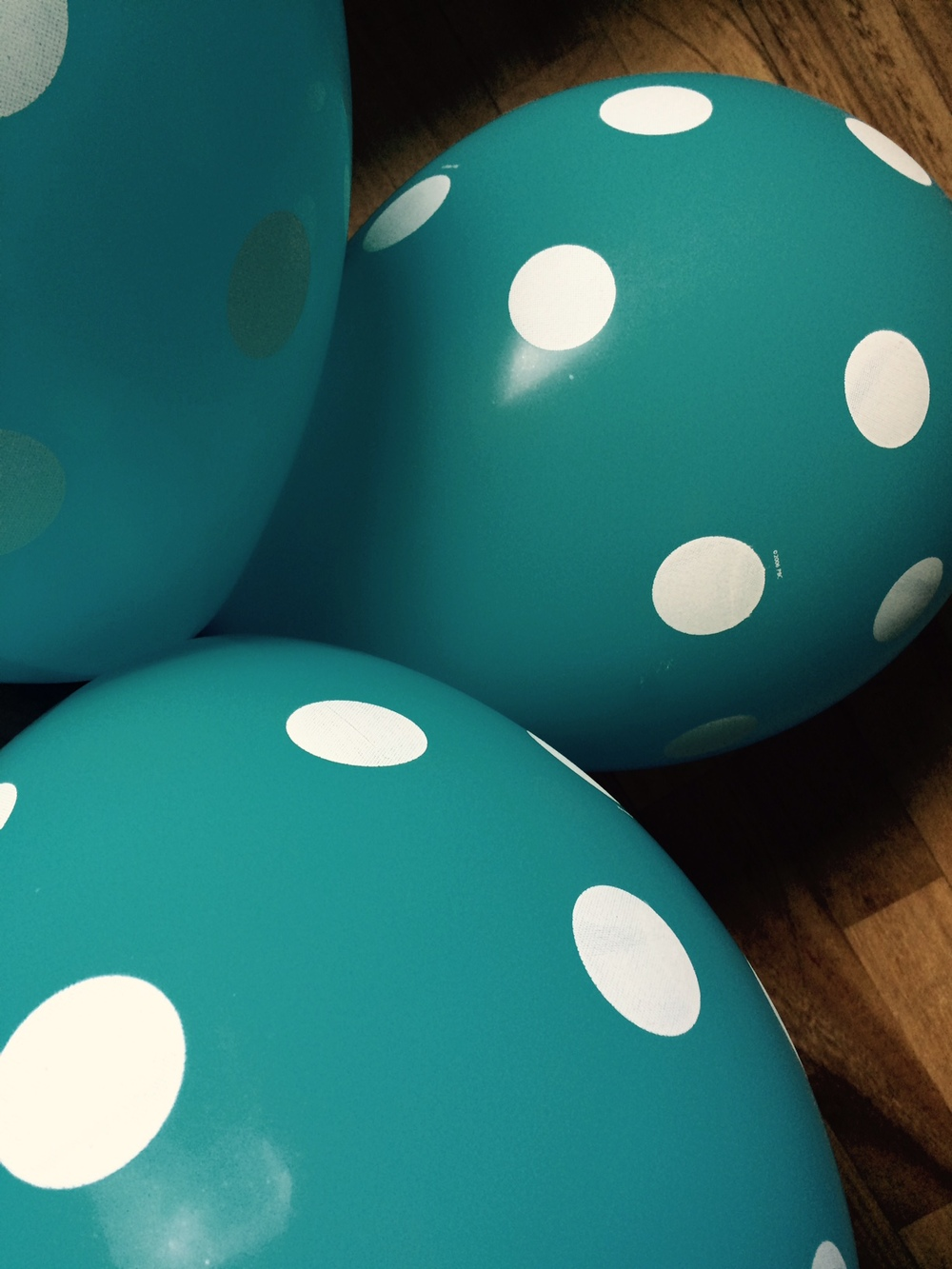 YFINN ballon.jpg