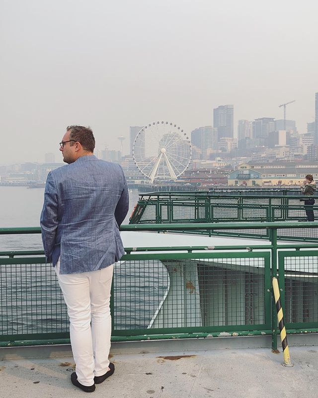 in a Seattle haze. (and a wrinkled blazer!) can't wait for our wedding here next summer with @kalebnormanjames @normanandblake @maxcutrone @ruthcongleton @alison_events  photo @ruthcongleton