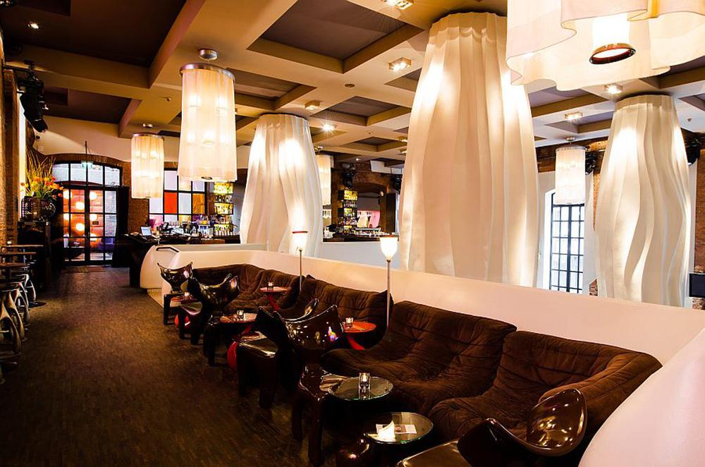 Yakshi's Bar Simon-von-Utrecht-Straße 31 20359 Hamburg