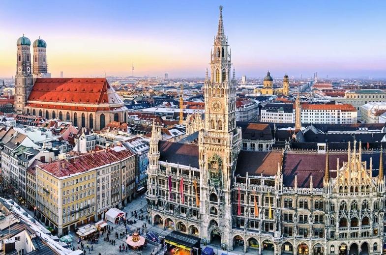 Escort München - Beluga Escorts