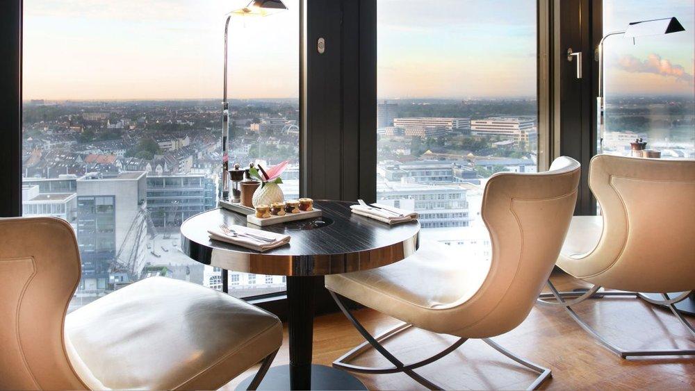 Hyatt-Regency-Dusseldorf.jpg