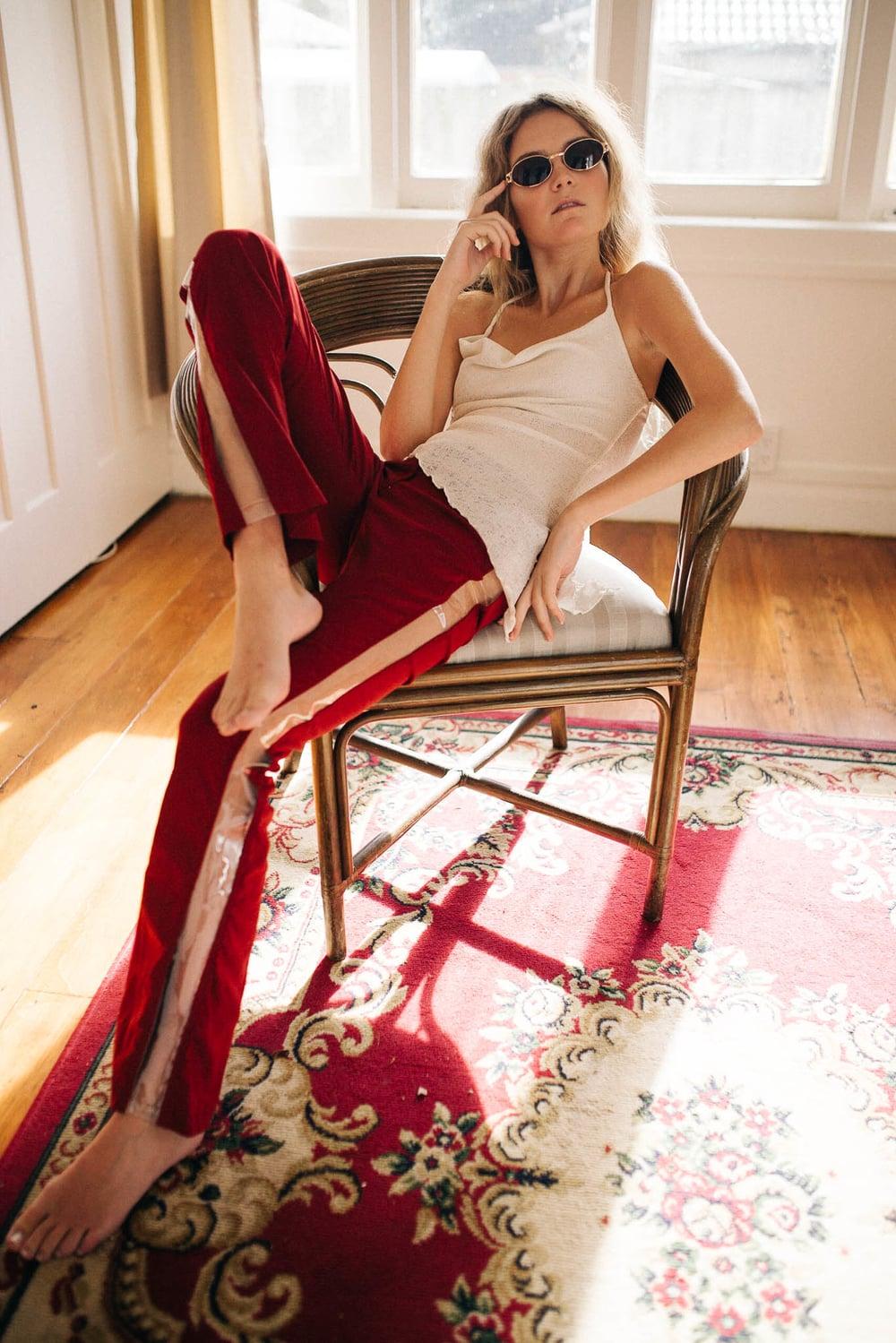 Ellen Richardson - Fashion - Girls Money Club 1-1.jpg