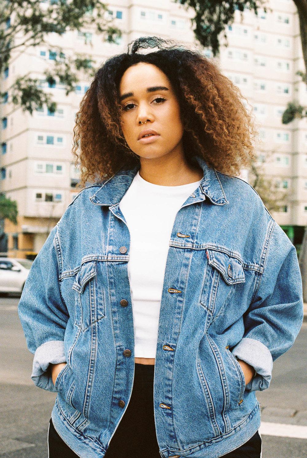 Ellen Richardson - Portrait - Jasmin-14.jpg