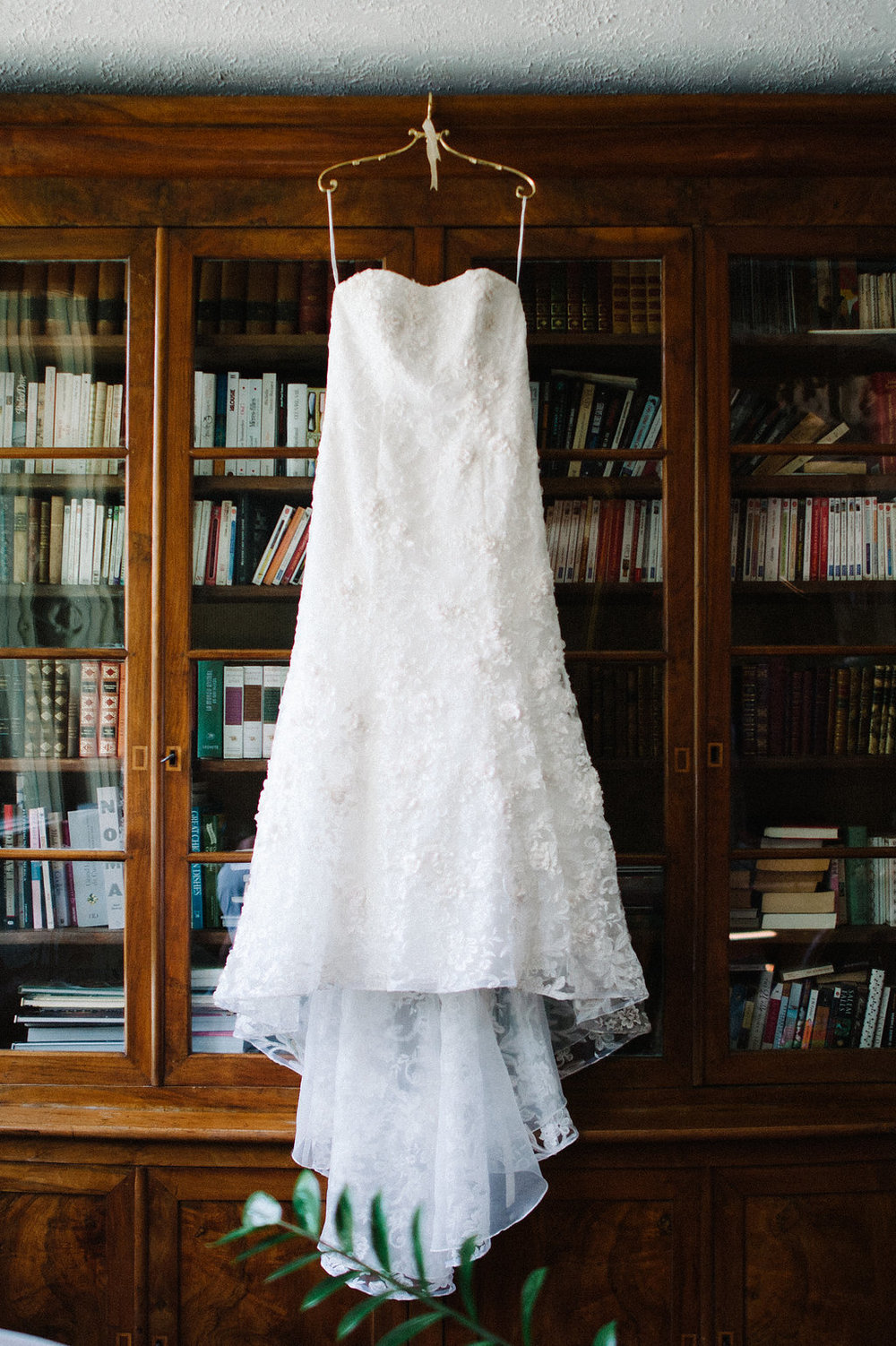 wedding-dress.jpg