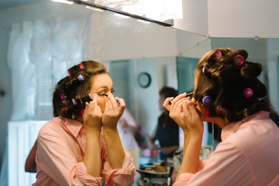 bridesmaids-getting-ready.jpg