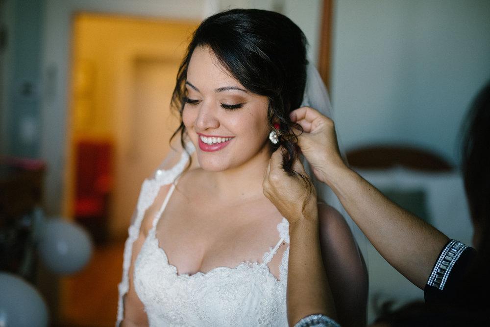 bride-portrait-the-kenmmore-inn.jpg