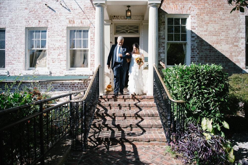father-walking-daughter-down-aisle-kenmore-inn.jpg