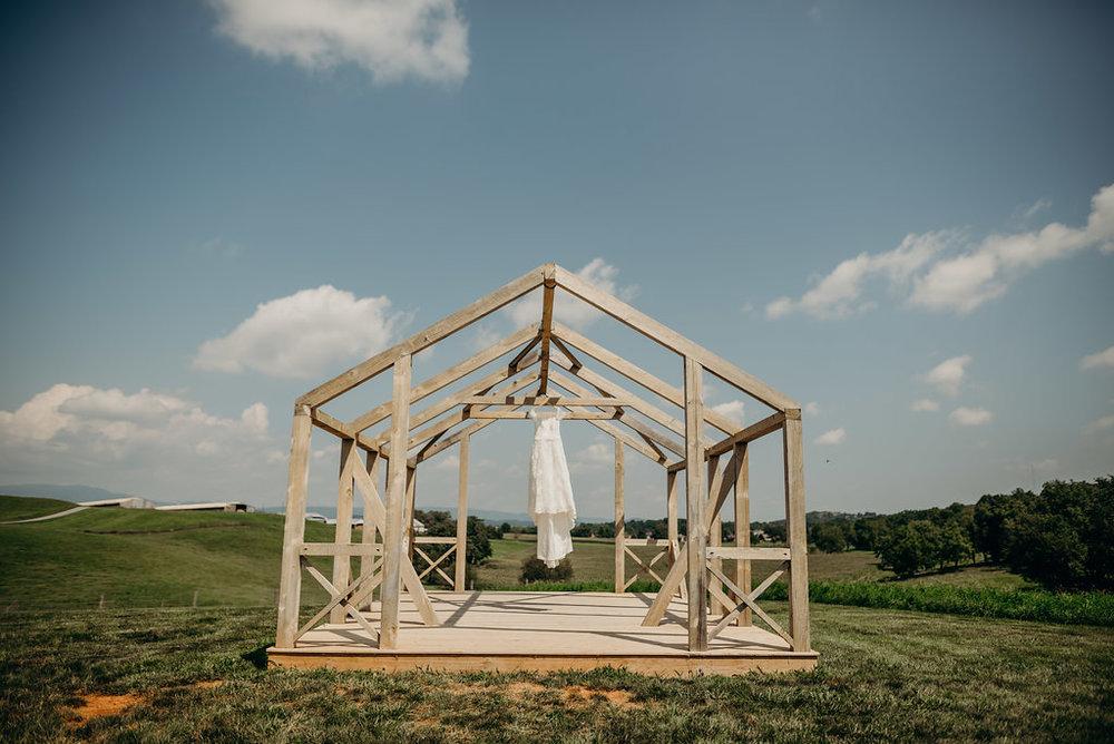 on-sunny-slope-farm-harrisonburg-wedding-virginia-8642.jpg