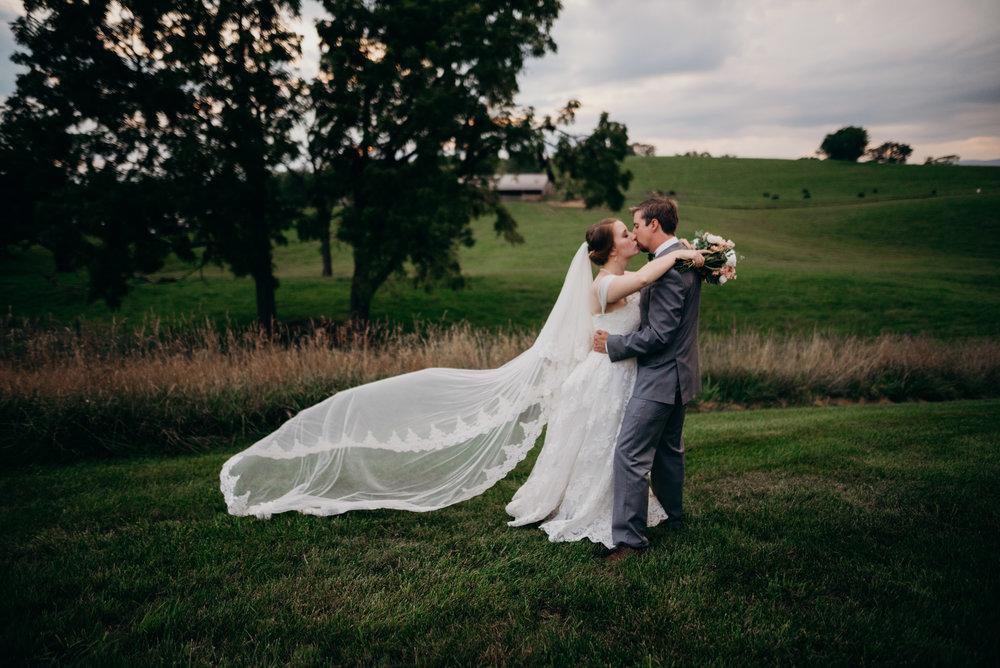 on-sunny-slope-farm-harrisonburg-wedding-virginia-9590.jpg