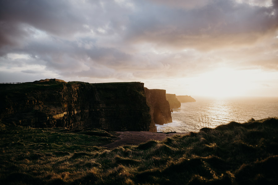 ireland-cliffs-of-moher-2889.jpg