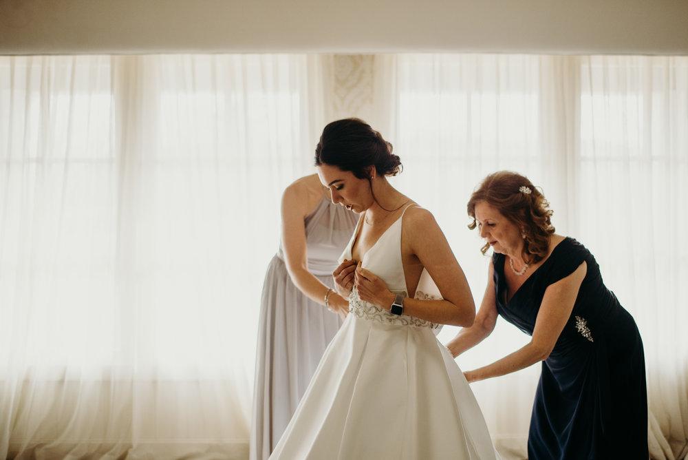 pippin-hill-wedding-charlottesville-va-laura-and-chris-eakin-lindsey-paradiso-photography-9253.jpg