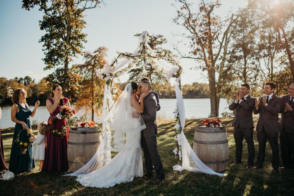 mike-heather-wedding-jubilee-farms-maryland-lindsey-paradiso-photography-4454.jpg