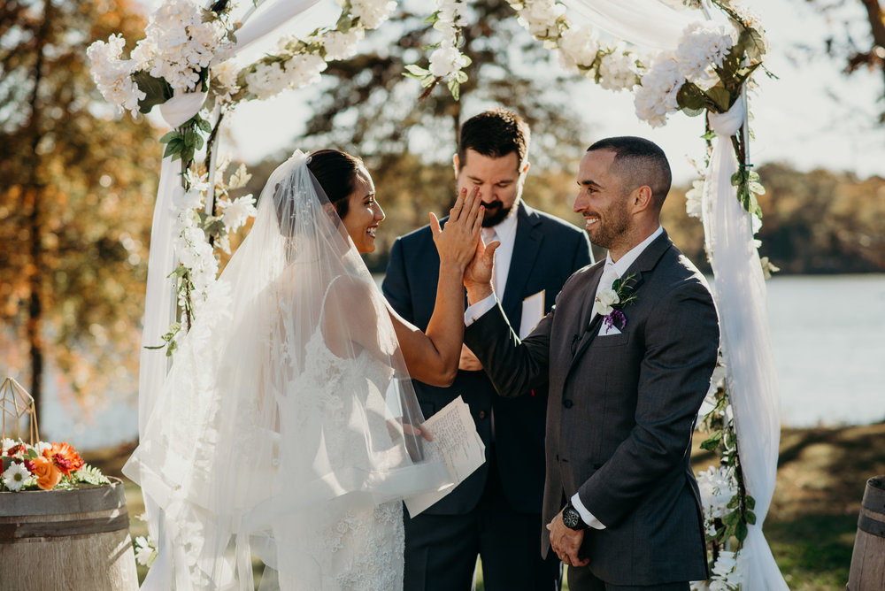 mike-heather-wedding-jubilee-farms-maryland-lindsey-paradiso-photography-7857.jpg