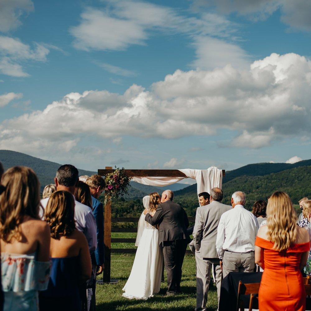 ryan-lauren-wedding-at-montfair-resort-farm-lindsey-paradiso-photography-7795.jpg