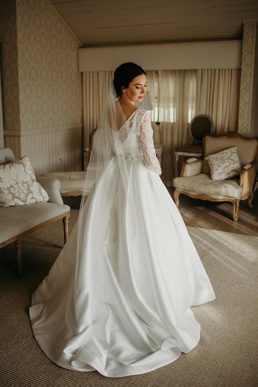 pippin-hill-wedding-charlottesville-va-laura-and-chris-eakin-lindsey-paradiso-photography-9312.jpg