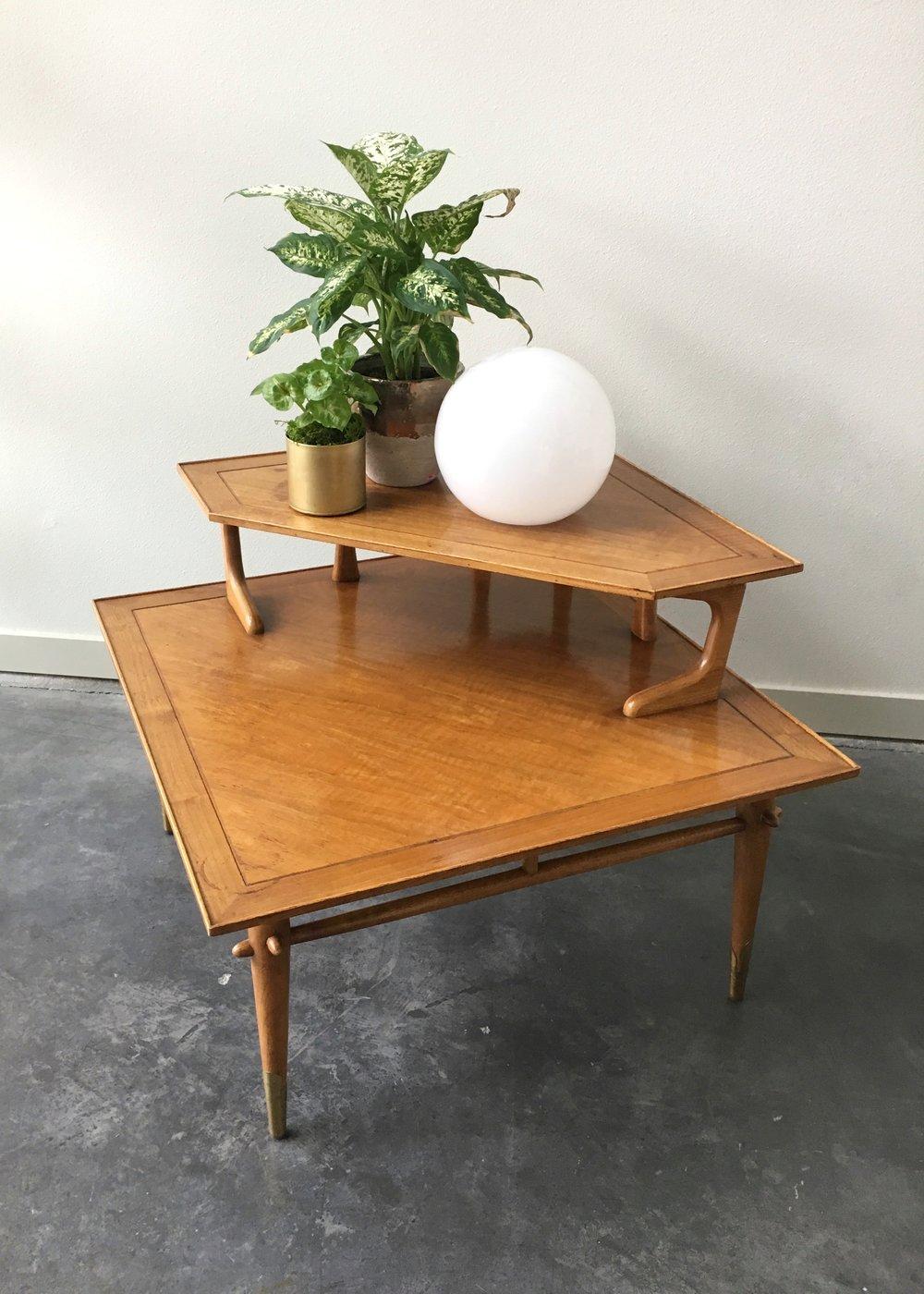 Vintage Mid Century Modern Lane Tiered Corner Table.