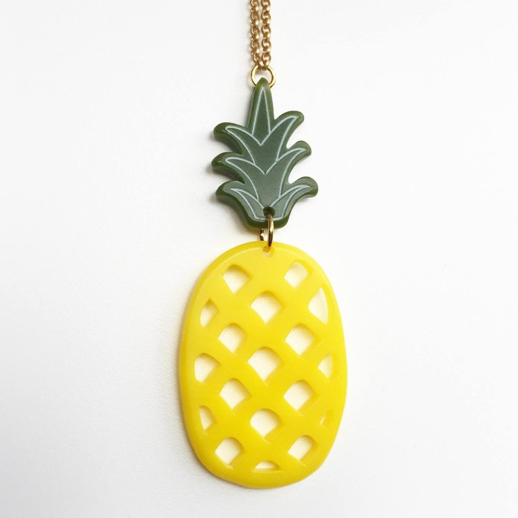 dp amazon gold pendant com jewelry necklace yellow pol pineapple