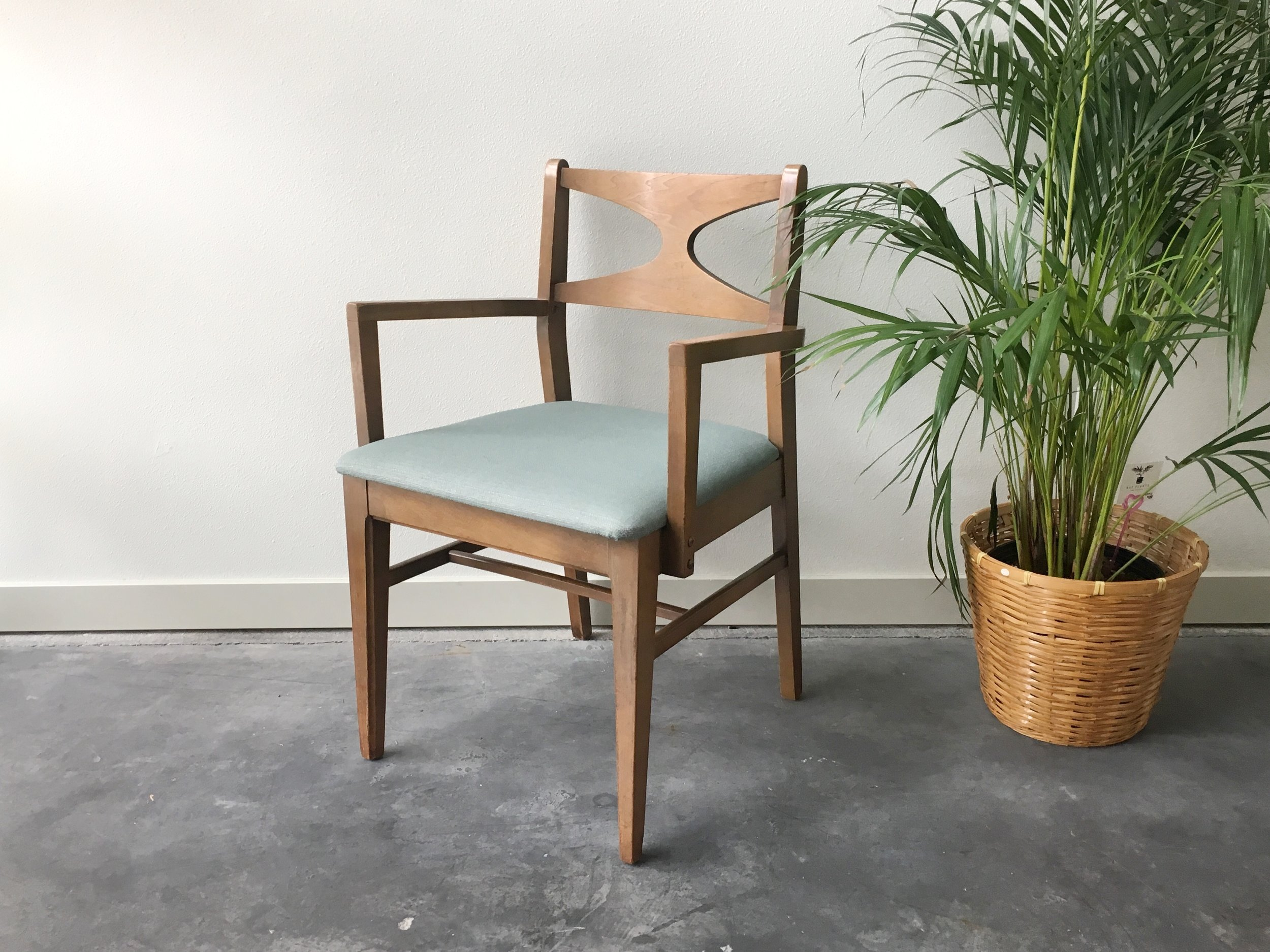 Set Of 5 Vintage Mid Century Modern Broyhill Dining Chairs.