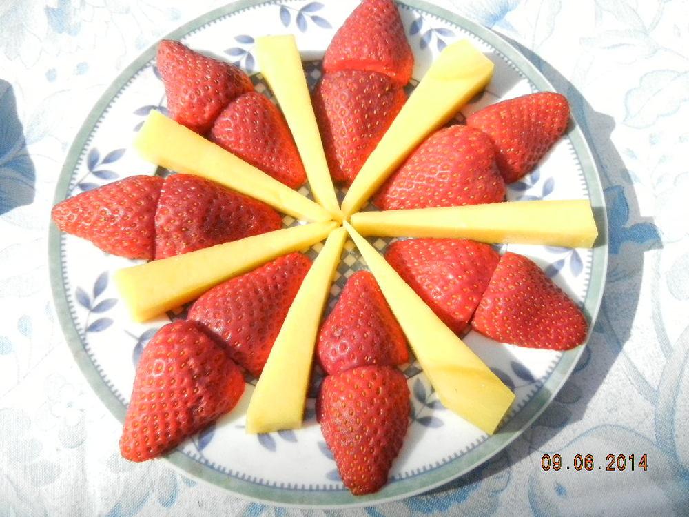Fruit 9.6.14.JPG