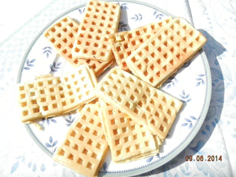 Waffles 9.6.14.JPG