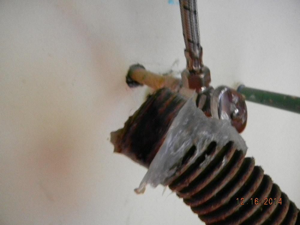 sink hose half inch.JPG