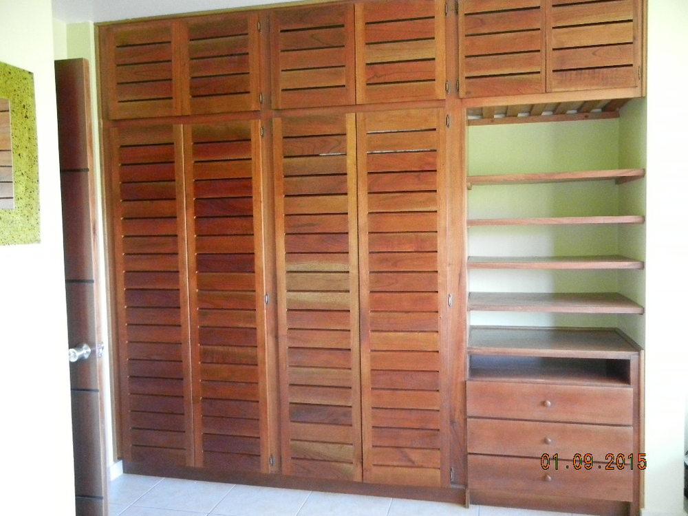 LM - Mstr Bdrm closet full view.JPG