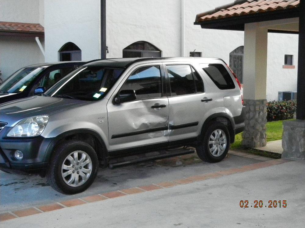 2005 Honda CRV Damage_0009.JPG